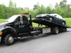 car-on-tow-truck_19-131096